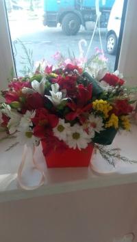 Коробка с цветами микс