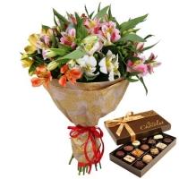 Альстромерии + подарок конфеты ассорти